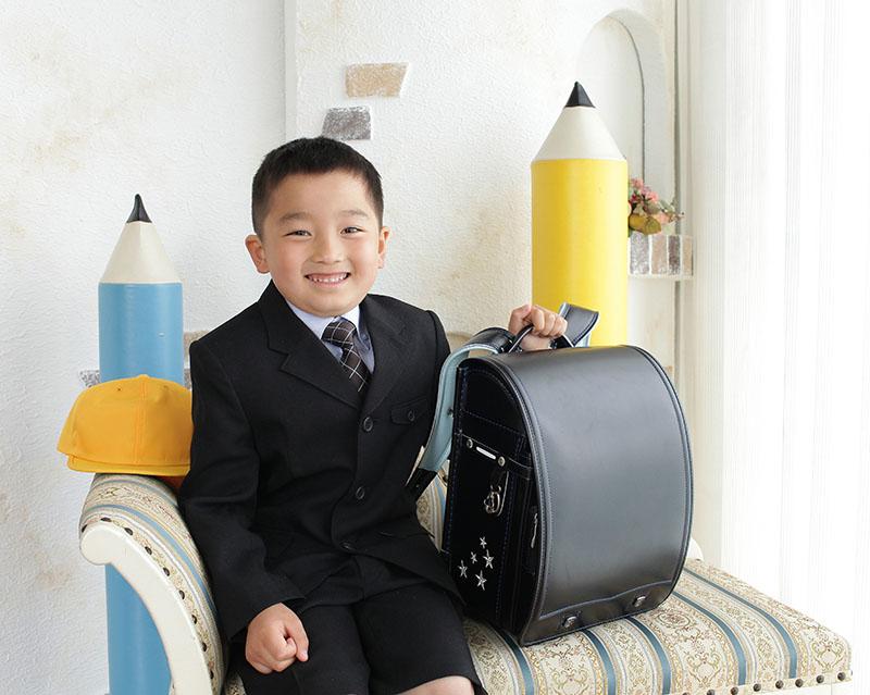 小学校入学の記念写真(男の子)